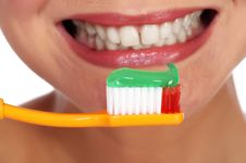 Free Toothbrush Stock Image - 25689951
