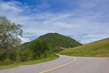 Free Road Along Reservoir Royalty Free Stock Images - 25699019