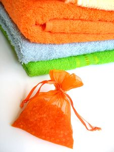 Free Colored Towels Royalty Free Stock Photography - 2571447