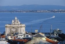 Free View To Lisbon Harbor Royalty Free Stock Image - 2572846