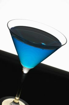 Free Refreshing Blue Mint Cocktail Royalty Free Stock Images - 2577119