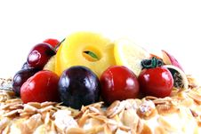 Cake With Fruit Royalty Free Stock Photography