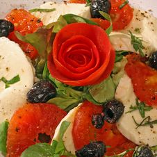 Free Mozzarella Salad Royalty Free Stock Photo - 25703555