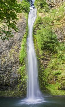 Free Horse Tail Falls Oregon Royalty Free Stock Photos - 25710318