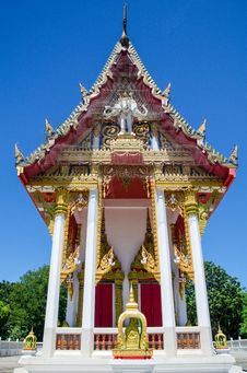 Free Thai Temple In Blue Sky Stock Images - 25721294