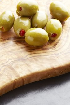 Free Green Olives Stock Photography - 25750172