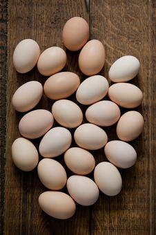 Free Brown Eggs Stock Image - 25754571