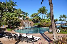 Free Maui Beach Resort Royalty Free Stock Photo - 25757535