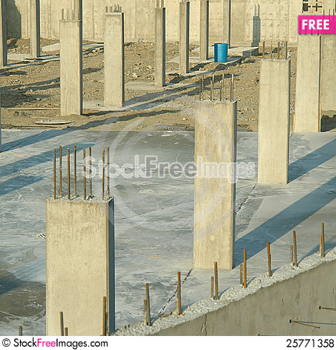 Free Concrete Pillars Foundation Underground Parking Royalty Free Stock Photos - 25771358