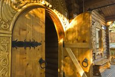 Free Wooden Door In The House Stock Photography - 25789482