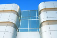 Free Modern Building From Glass And Iron Royalty Free Stock Photography - 25794377