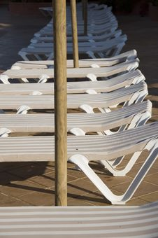 Free Sun Loungers Stock Image - 2583081