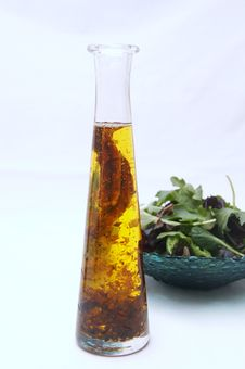 Free Oil And Healthy Salad Royalty Free Stock Photos - 2584108