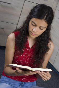 Free Girl With Book Stock Photography - 2586342