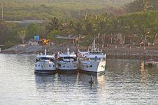 Free Three Party Boats Stock Photo - 2586860