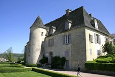 Free A Small Castle In Marquessac Royalty Free Stock Photography - 2587017