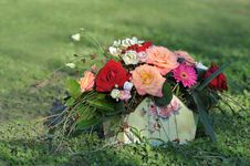 Free Basket With Flowers Stock Photo - 25802210
