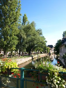 Free Strasbourg Riverside 6 Stock Photo - 25803410