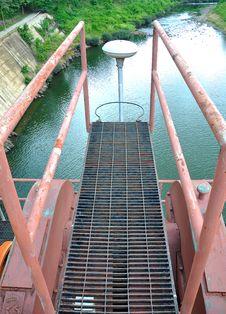 Free Pathway In The Dam Stock Photos - 25807523