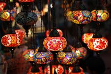 Free Arabic Lanterns Royalty Free Stock Photography - 25815667