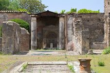 Free Pompei Interior Court Stock Photography - 25839222
