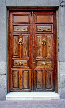 Free Wooden Door Stock Photos - 25841643