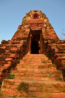 Free Ancient Pagoda Stairs And Entrance Stock Photos - 25850273
