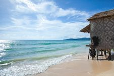Free Bungalow On Clean Beach In Thailand Royalty Free Stock Photos - 25858518