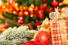 Free Christmas Gift Royalty Free Stock Photo - 25860755