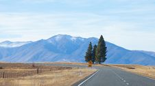 Free Highway Road To Tekapo Lake Tekapo Town Stock Images - 25872834