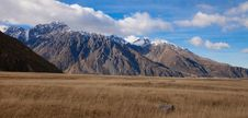 Free Mt Tasman And Mt Cook Valleys New Zealand Royalty Free Stock Photo - 25873415