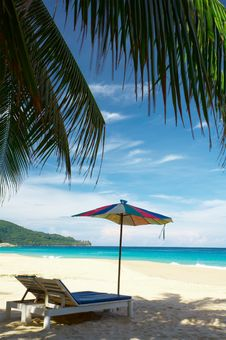 Free Coconut Umbrella Stock Photos - 2598033