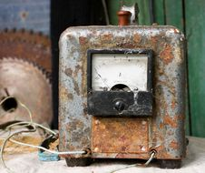 Free Old Soviet Voltage Stabilizer Royalty Free Stock Photos - 2599048