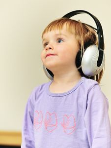 Free Girl Listening To Music Royalty Free Stock Photography - 25905757