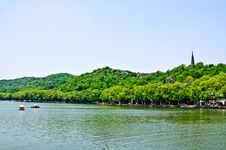 Free The Scenery Of Hangzhou Royalty Free Stock Images - 25906989