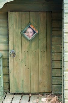 Free Child Looking Through The Window Royalty Free Stock Images - 25914739