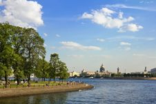 Free Views Of The Waters Of The River Neva Stock Image - 25914771