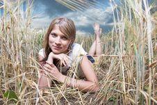 Free Fashion Photo Of Young Beautiful Woman Royalty Free Stock Photos - 25917058