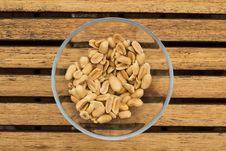 Free Peanuts Royalty Free Stock Photos - 25928048