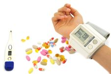 Free Sphygmomanometer And Drugs Royalty Free Stock Images - 25928579