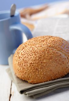 Free Loaf With Sesame Stock Photo - 25945100