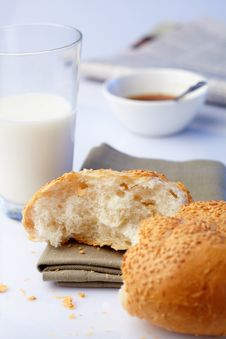 Free Portion Loaf With Sesame And Milk Royalty Free Stock Photo - 25945765