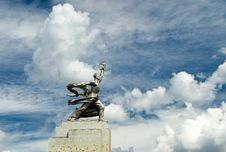 Free Famous Soviet Monument Worker And Kolkhoz Woman Stock Photography - 25952022