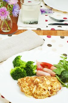 Free Omelet With Sausage Stock Photography - 25984862