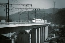 Free Supertrain  On Concrete Bridge Royalty Free Stock Photography - 25986497