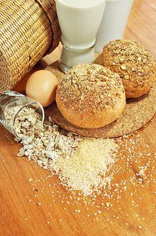Free Multigrain Breads Stock Photos - 25996483