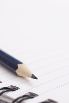 Free Pencil On Notebook Royalty Free Stock Image - 2600786