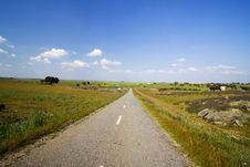Free Empty Road In Landscape Royalty Free Stock Photography - 2601657