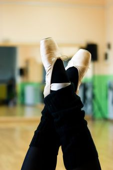 Free Ballet Shoes Royalty Free Stock Photos - 2603548
