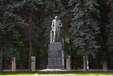 Free Monument To Academician Willia Royalty Free Stock Image - 2604076